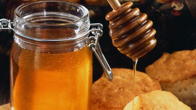 Conoce la historia del vino de miel